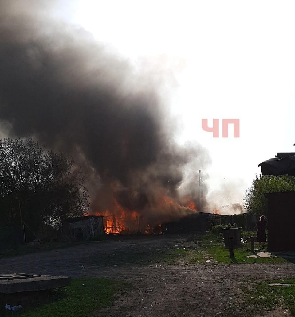 За май огонь уже как минимум дважды перекидывался на села.
