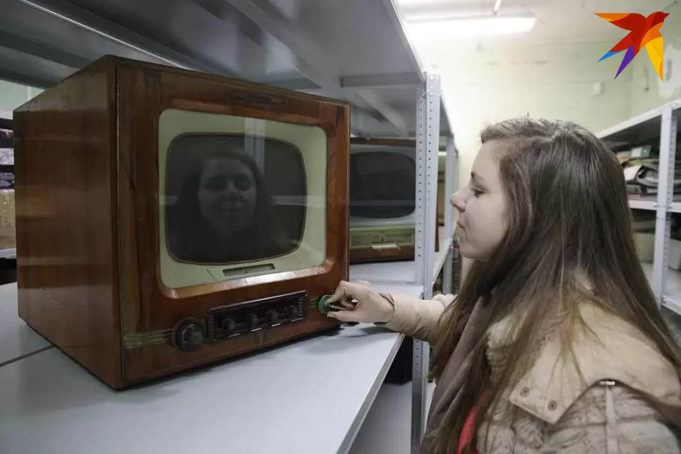 Мининформ запретил в Беларуси вещание трех российских телеканалов
