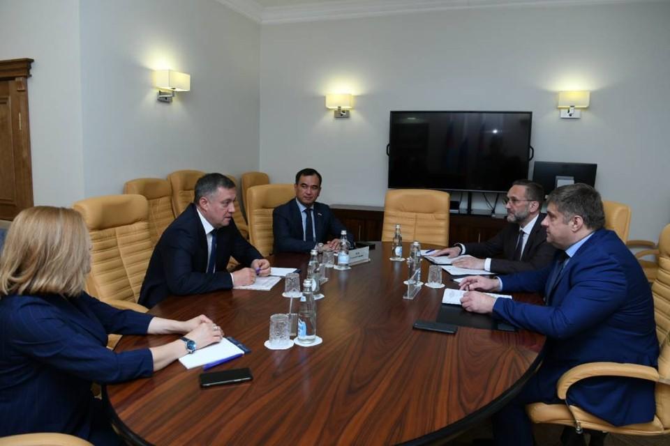 9,1 миллиарда рублей потратят на ремонт и строительство дорог в Иркутской области в 2021 году. Фото: пресс-служба правительства Иркутской области.