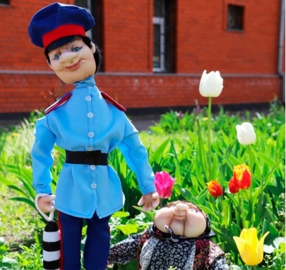 За свою поделку наши юные землячки получат ценные подарки от МВД России и дипломы от Общественного совета при ведомстве.