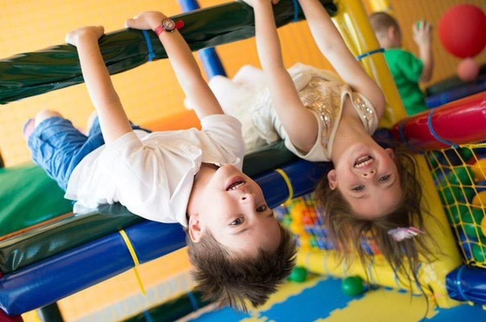 Дети - наше будущее! Хочется, чтобы их детство было беззаботным и веселым.
