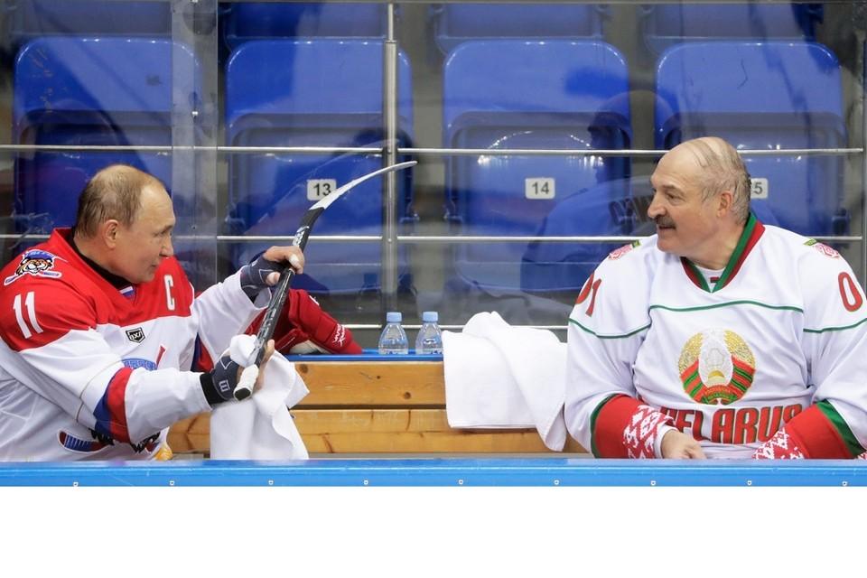 Путин не смотрел хоккейный матч Россия - Беларусь. Фото: gazeta.ru