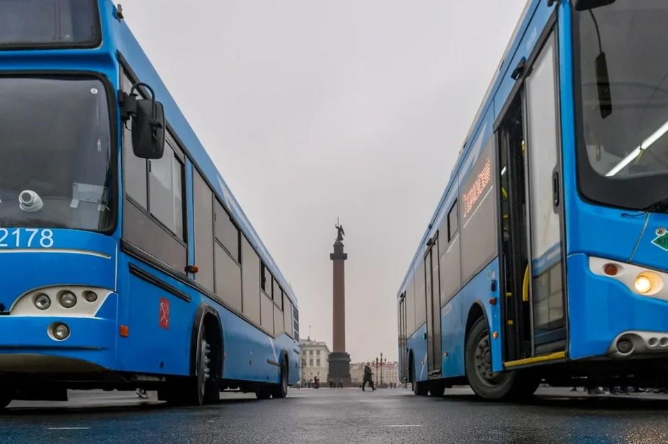 Власти Петербурга утвердили транспортную реформу 2022 года.