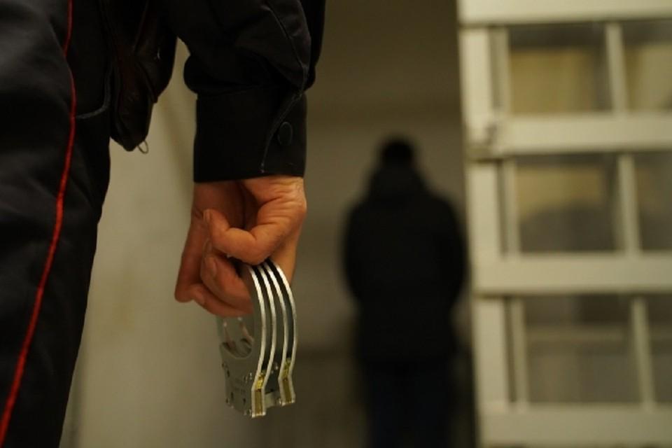 Полицейские поймали в Сибири крупную банду, сбывавшую наркотики через интернет