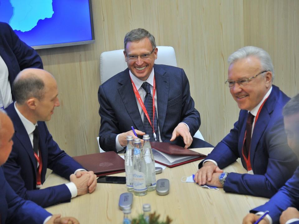 Участникам ПМЭФ-2021 в Санкт-Петербурге рассказали о сильных сторонах Омской области.
