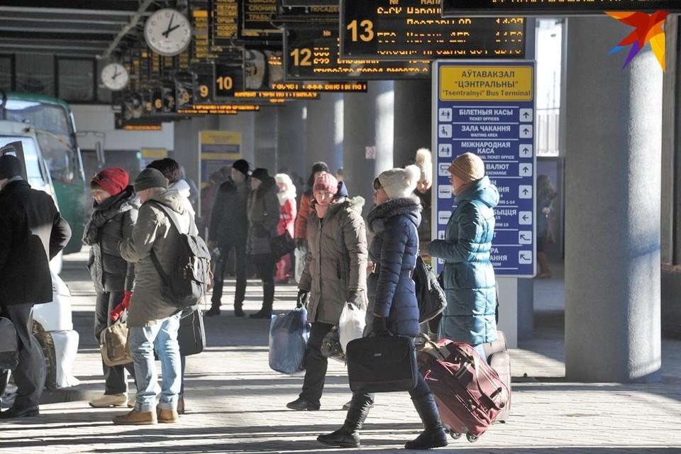 «Минсктранс» с 4 июня возобновляет рейсы в Москву и Санкт-Петербург