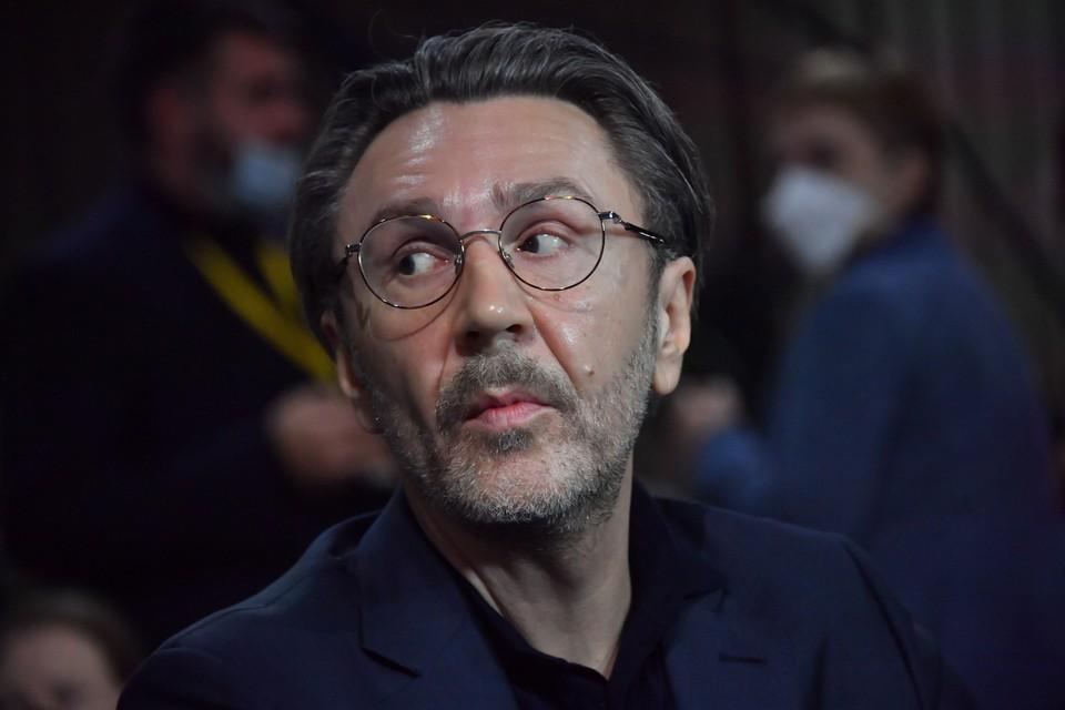 По мнению Шнурова великими музыкантами современности являются Земфира, Шевчук и Моргенштерн