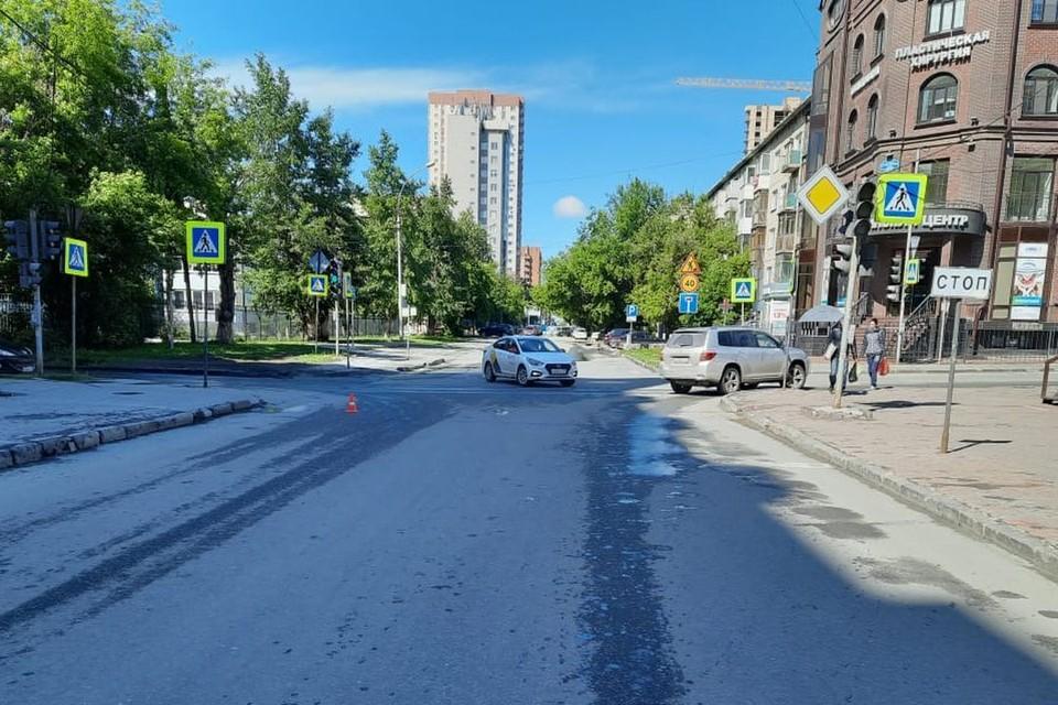В Новосибирске на пешеходном переходе сбили подростка. Фото: ГИБДД по городу