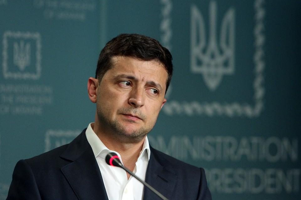 Владимир Зеленский - политик несамостоятельный и выполняет исключительно волю каких-то «кураторов»