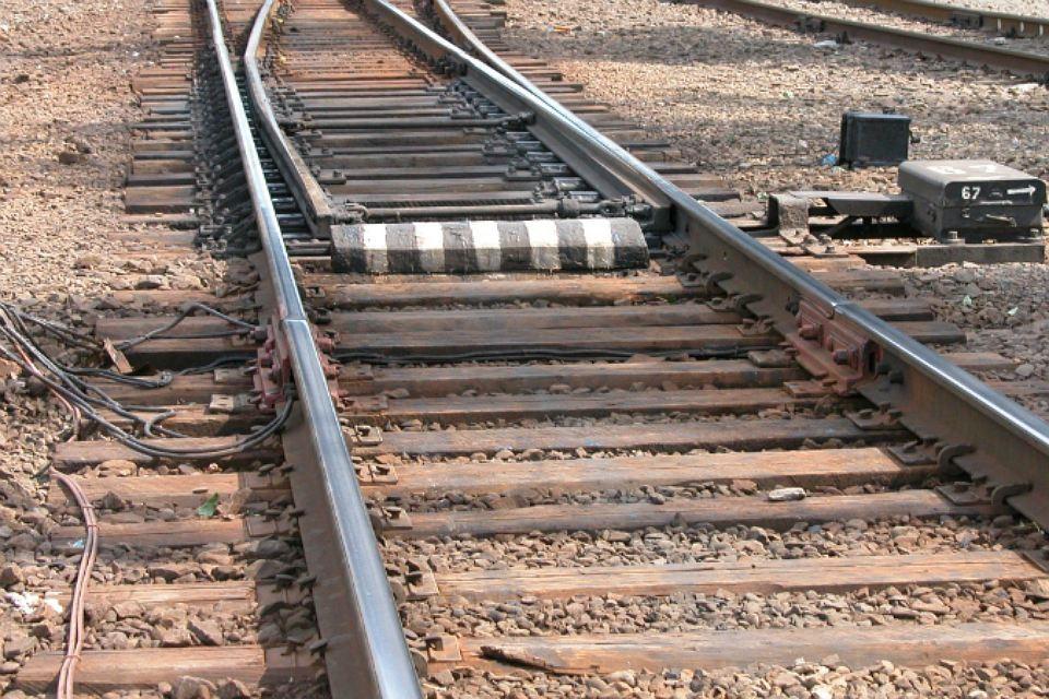 Легковой автомобиль въехал в движущийся поезд в Иркутской области 8 июня