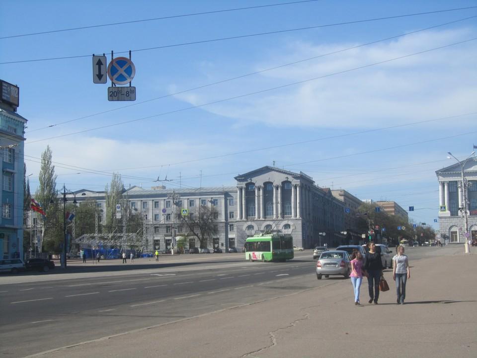 Пока за ходом работ можно наблюдать только на Красной площади
