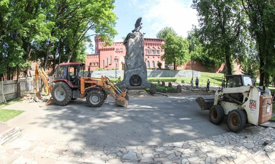 Сквер Памяти Героев в Смоленске закрыли на ремонт. Фото: администрация г. Смоленска.