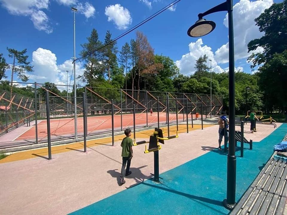 Для детей будут обустроены новые игровые площадки. Фото: Facebook (Ion Ceban)