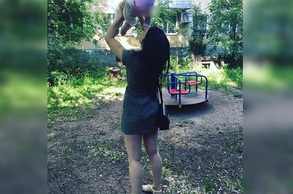 Анна часто хвалилась дочкой в социальных сетях, но не уберегла ее