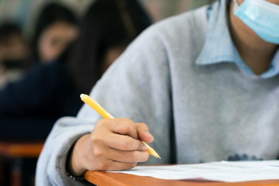БАК не так страшен, и если дома примут любую оценку за экзамен, то есть шанс успешно пройти испытание. Фото: соцсети