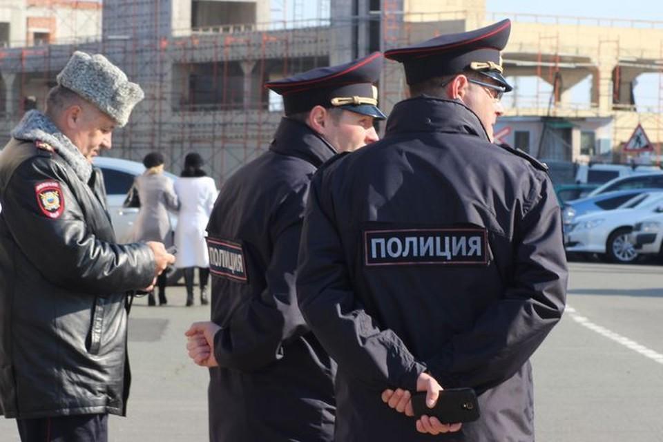 Во Владивостоке трагедия в заброшенном здании обернулась задержанием сотрудника полиции.