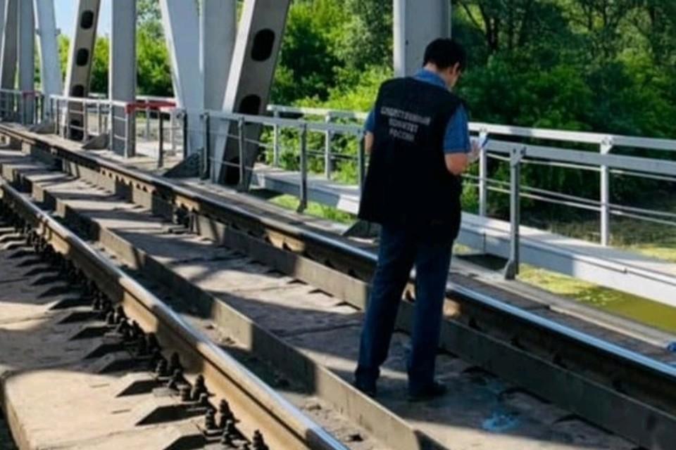 Следователи проводят проверку по факту ЧП Фото: Приволжское СУ СКР на транспорте