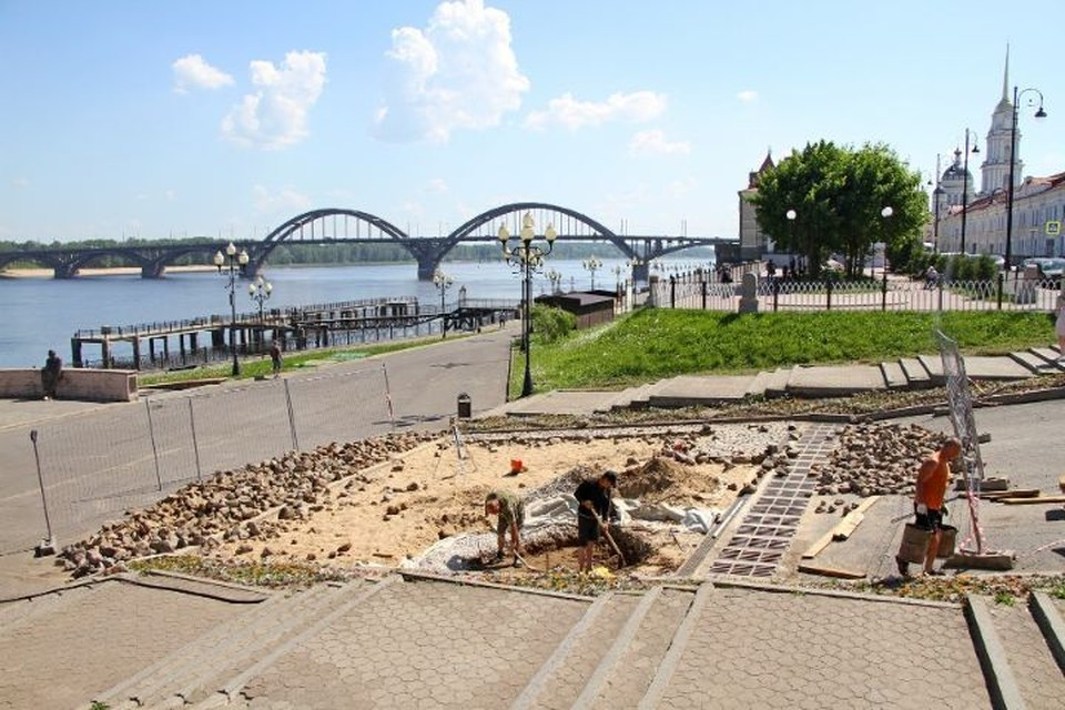 В Рыбинске готовят площадку для скульптуры Остапа Бендера и мальчика-беспризорника