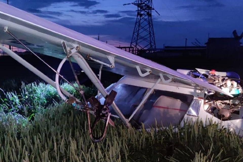 В Ростовской области жестко приземлился легкомоторный самолет. Фото: ГУ МЧС