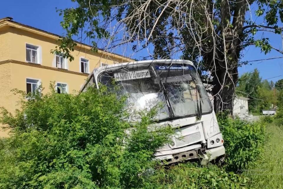 В ДТП несколько человек также серьезно пострадали. Фото: СУ СКР по Свердловской области