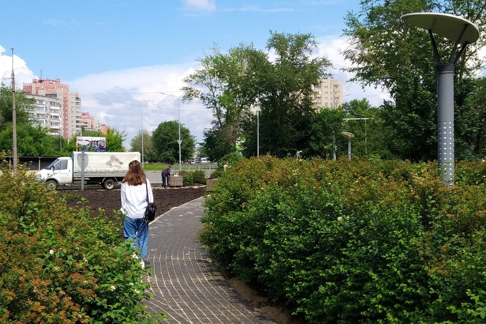 В Липецке обновляют сквер имени 65-летия Победы