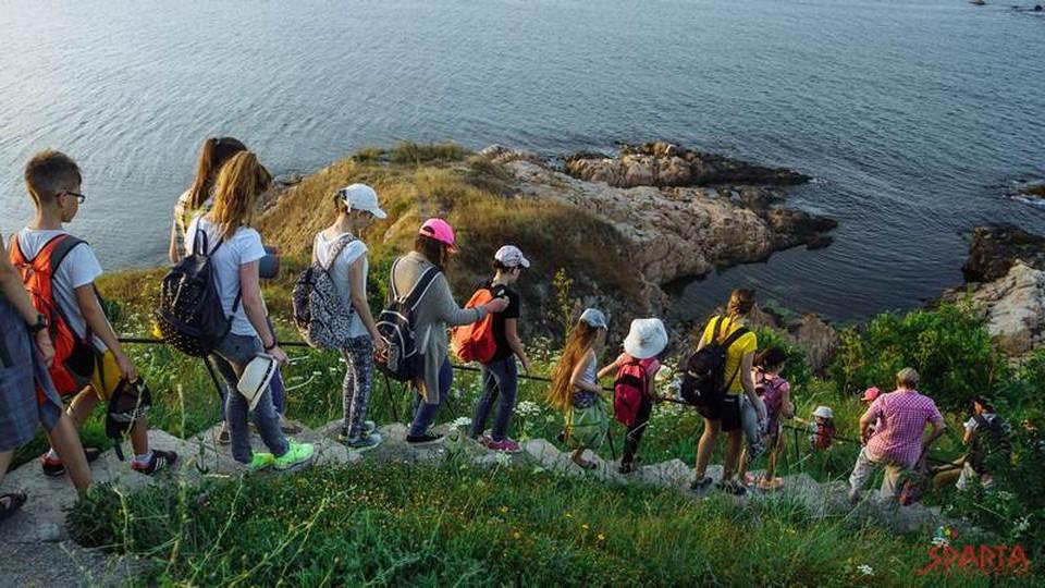 Детям необходимо больше находиться на свежем воздухе. Фото: sparta.md