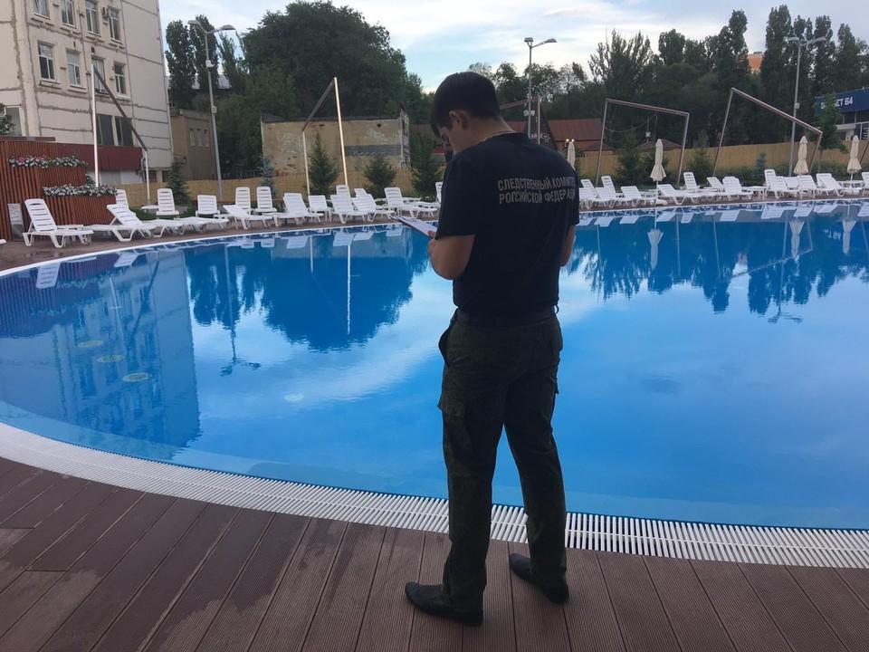 Следователи начали проверку ЧП в бассейне
