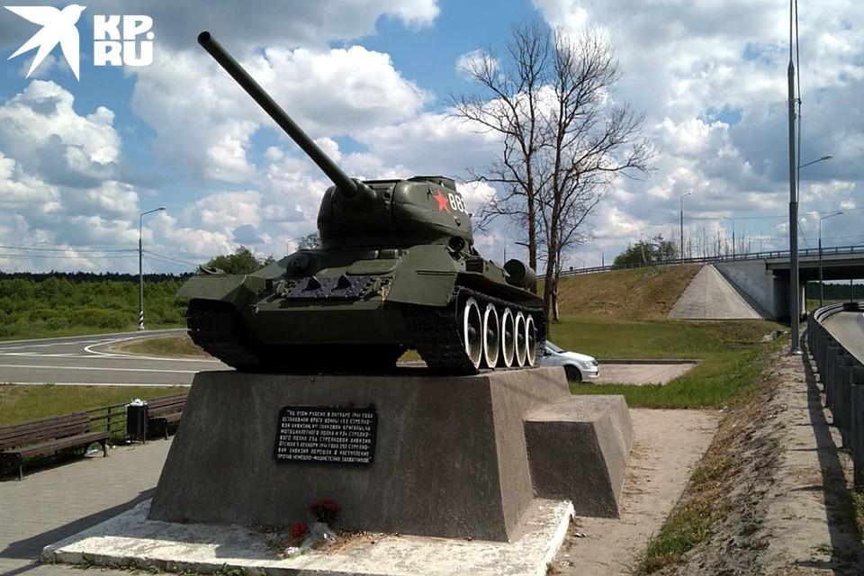 Издали танк смотрится хорошо, но вблизи становятся заметны некоторые изъяны