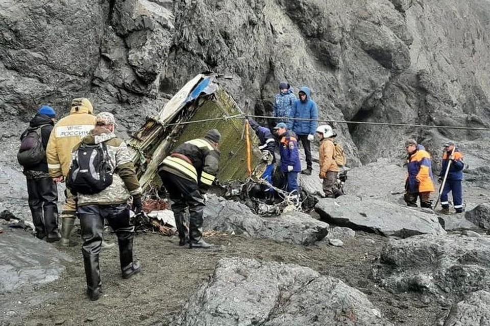 Самолет рухнул в поселке Палана на Камчатке Фото: ГУ МЧС России по Камчатскому краю