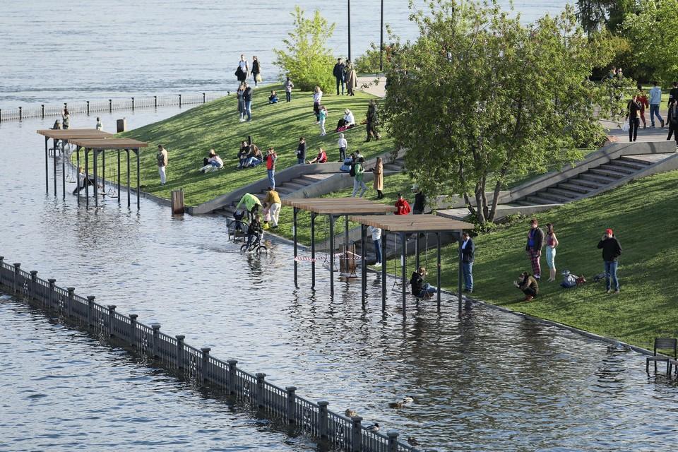 В Красноярске уровень воды в Енисее опустился еще на 12,5 сантиметров