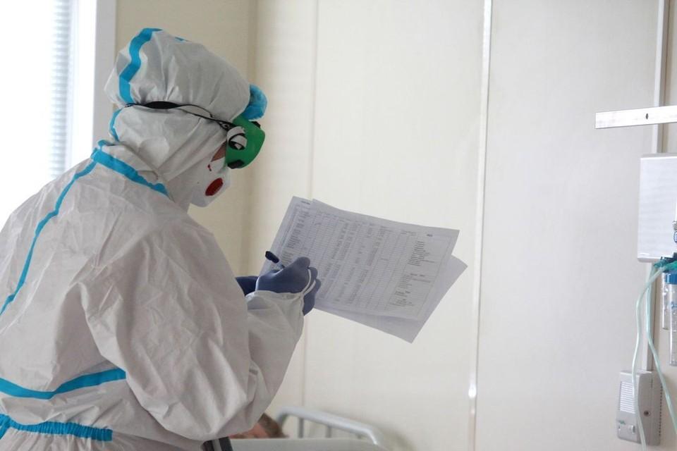 От коронавируса за сутки умерли 10 человек.
