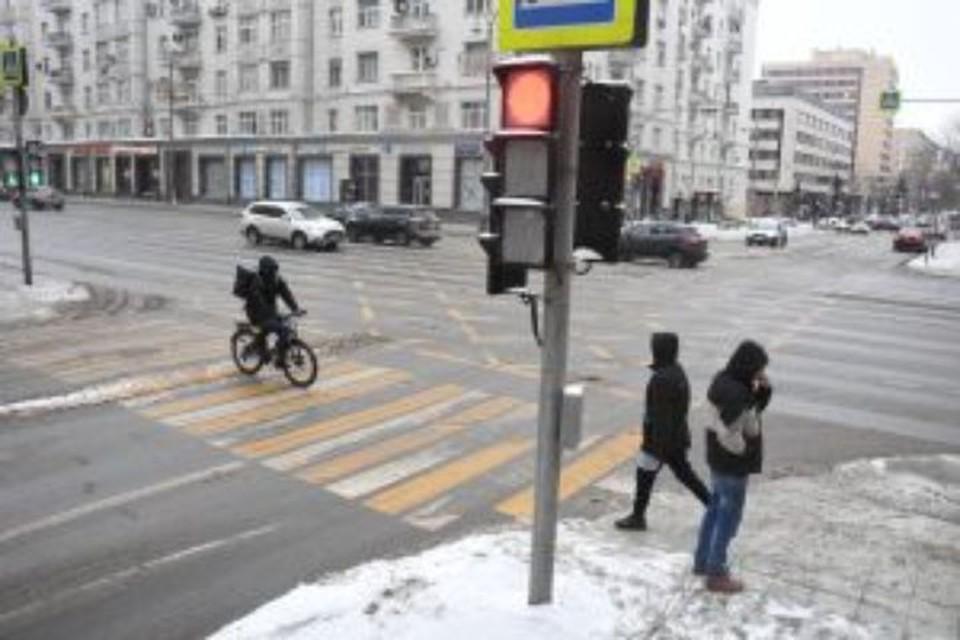 6-летний ребенок в больнице: в Ярославской области столкнулись три машины
