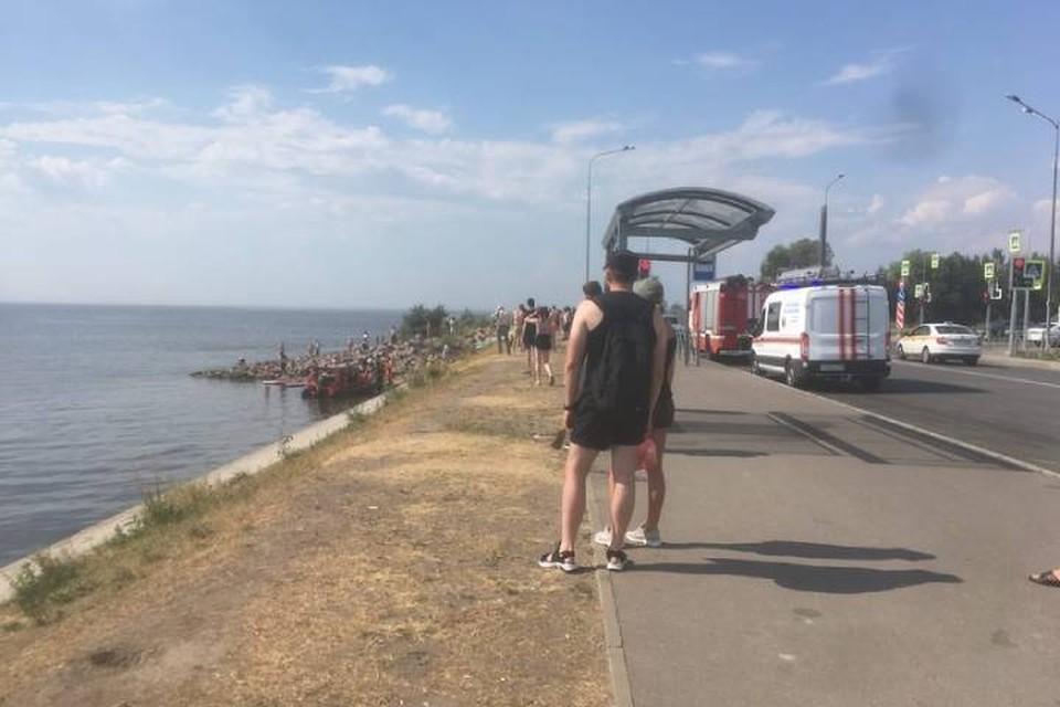 Число пострадавших в перевернувшейся моторной лодке в Петербурге выросло до девяти человек