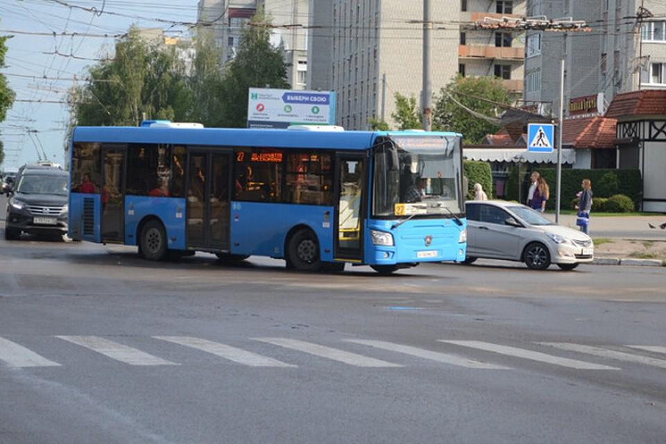 Большинство пассажиров общественного транспорта пренебрегает соблюдением масочного режима.