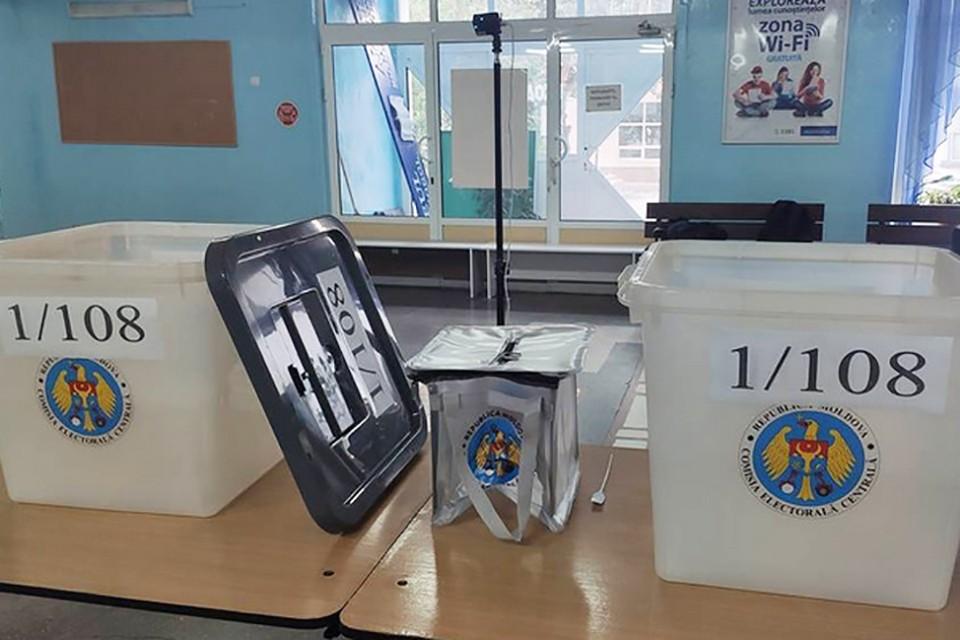 В стране открыты 2 тысячи участков для голосования. Фото: ТАСС