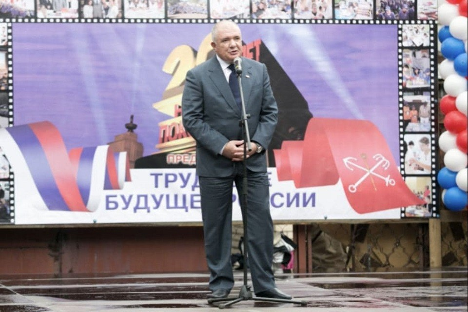 Михаил Дмитриев умер на 61-м году жизни. Фото: gov.spb.ru