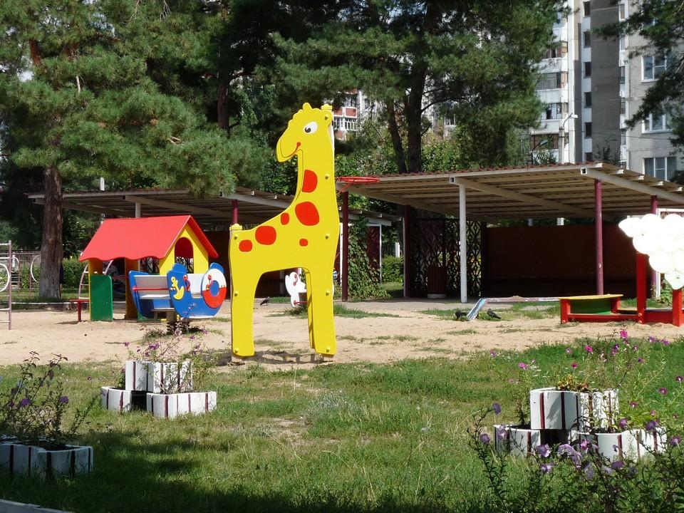 УК обязаны ежедневно дезинфицировать детские площадки во дворах.