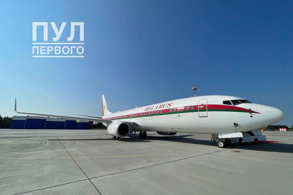 Самолет Александра Лукашенко вылетел из аэропорта Болбасово в Санкт-Петербург. Фото: Пул Первого.