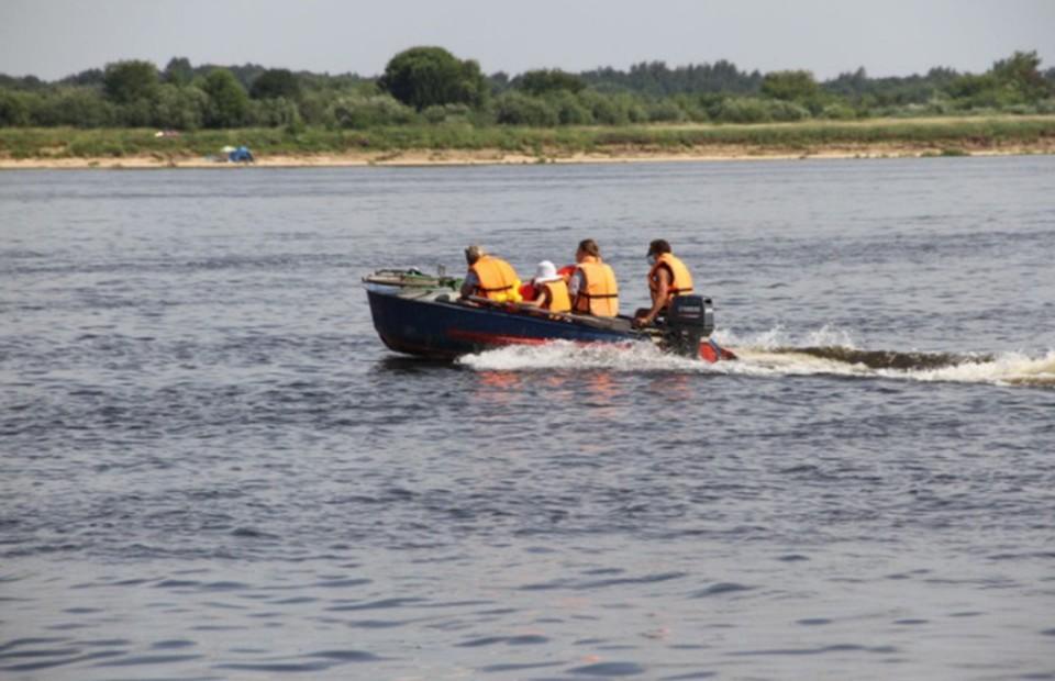 Катер столкнулся с баржей в Кстове: Пять человека оказались за бортом. ФОТО: Приволжское следственное управление на транспорте.