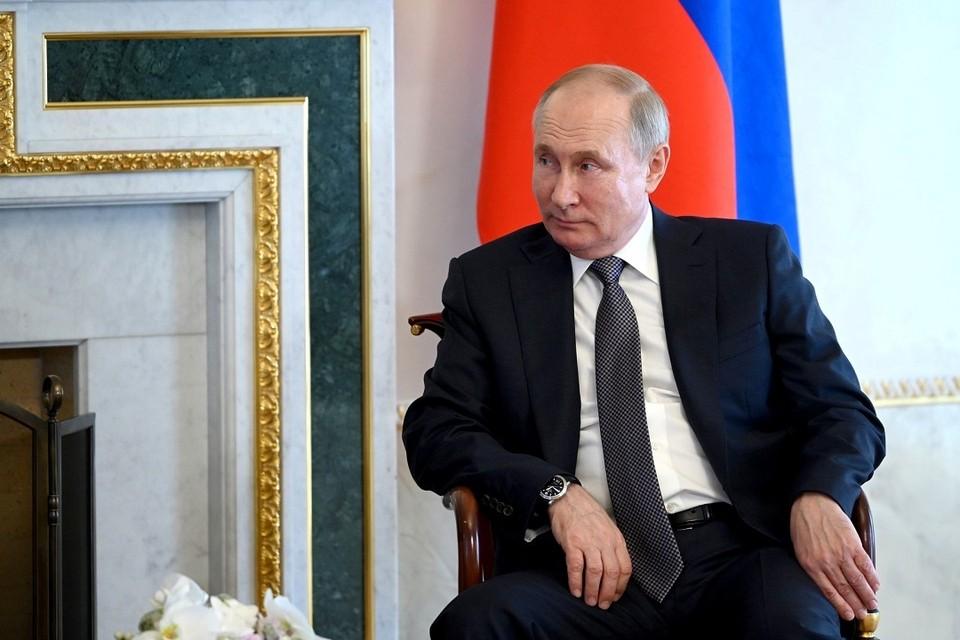 Владимир Путин рассказал, что ему известно о состоянии экономики Беларуси. Фото: пресс-служба Кремля