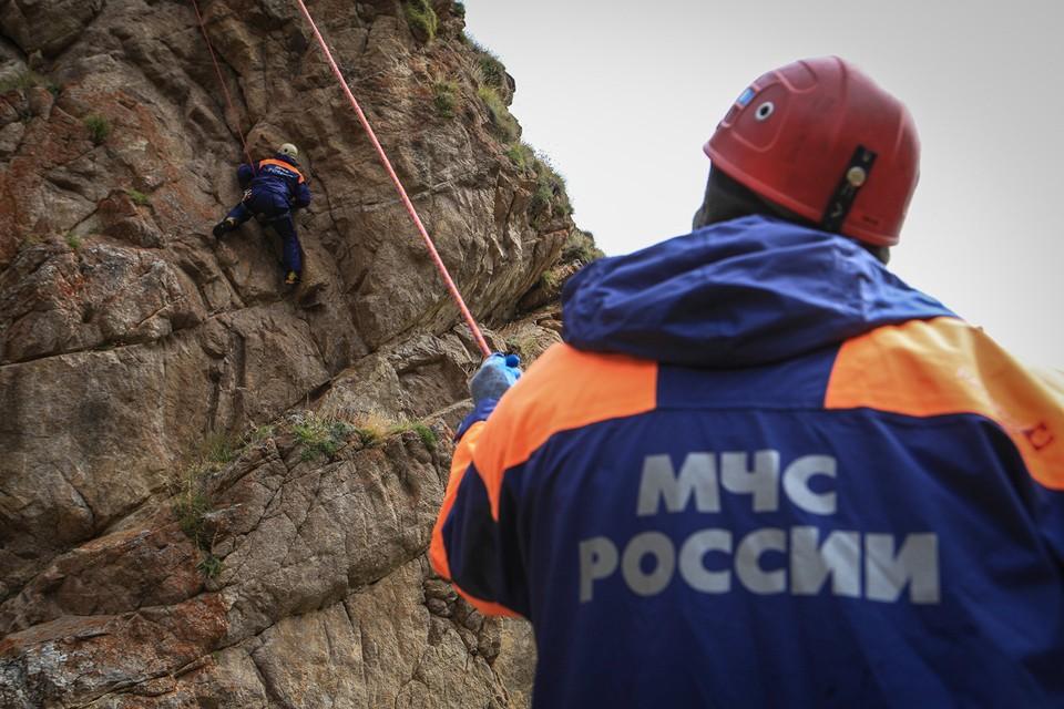 Сотрудники МЧС подоспели вовремя. Фото: архив «КП»-Севастополь»