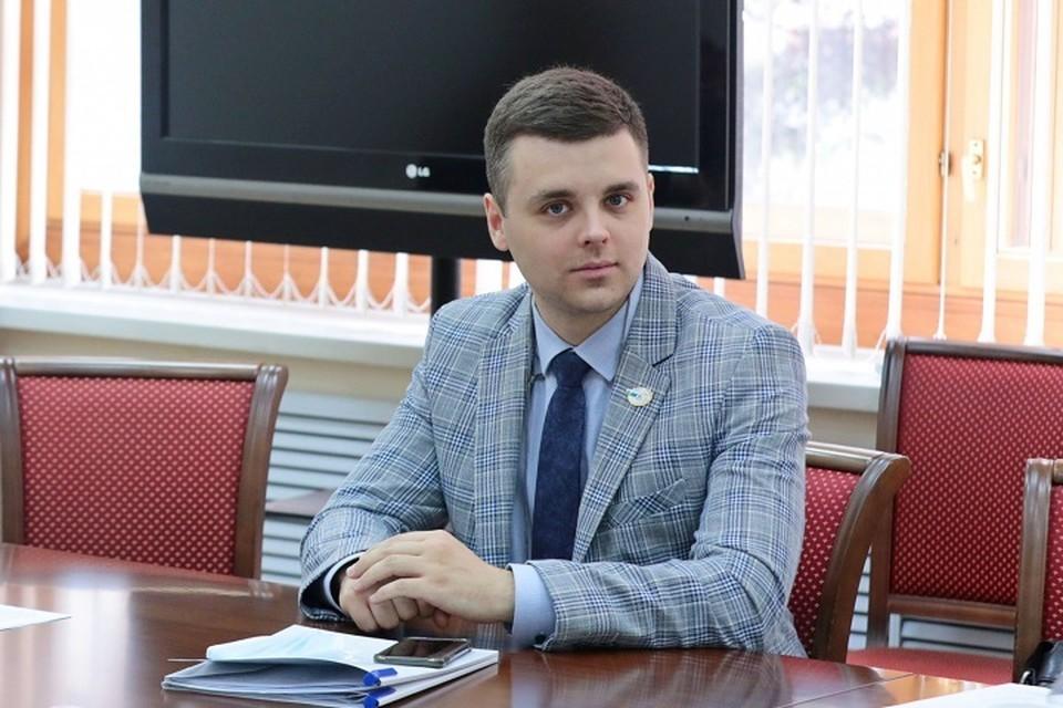 Депутат хабаровской гордумы подал заявку на выборы в госдуму. Фото: Хабаровская городская дума.