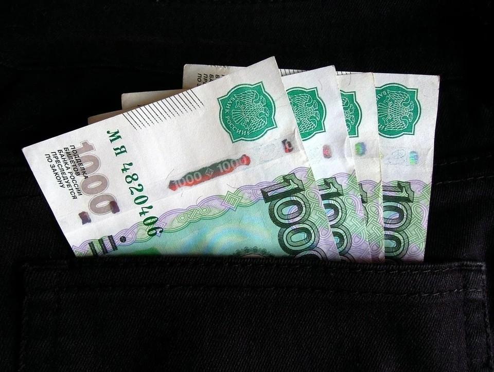 В Астрахани начальника отдела охраны исправительной колонии обвиняют в получении взятки