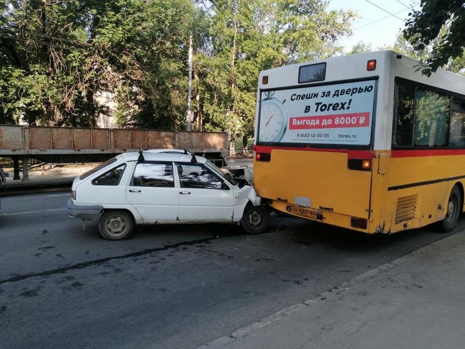 На Стрелке произошло ДТП с участием автобуса