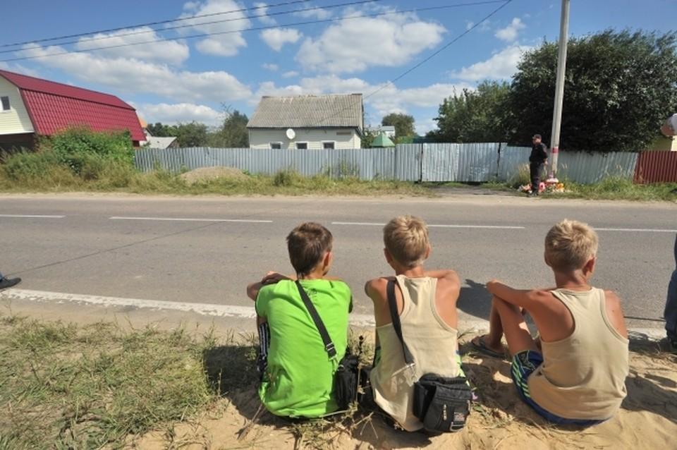 В маленьком поселке готовятся к прощанию с убитой молодой женщиной
