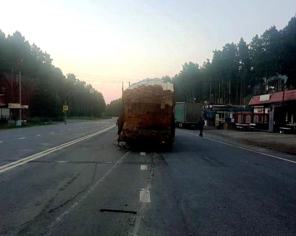 Вчера отечественный автомобиль в Шегарском районе протаранил прицеп. Фото: сайт УМВД России по Томской области