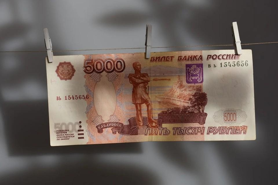 Астраханец продал два лодочных мотора знакомого и присвоил себе полученные деньги