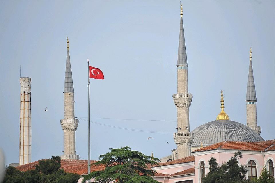 Переходящим на «шведский стол» при пандемии отелям в Турции грозит штраф или закрытие