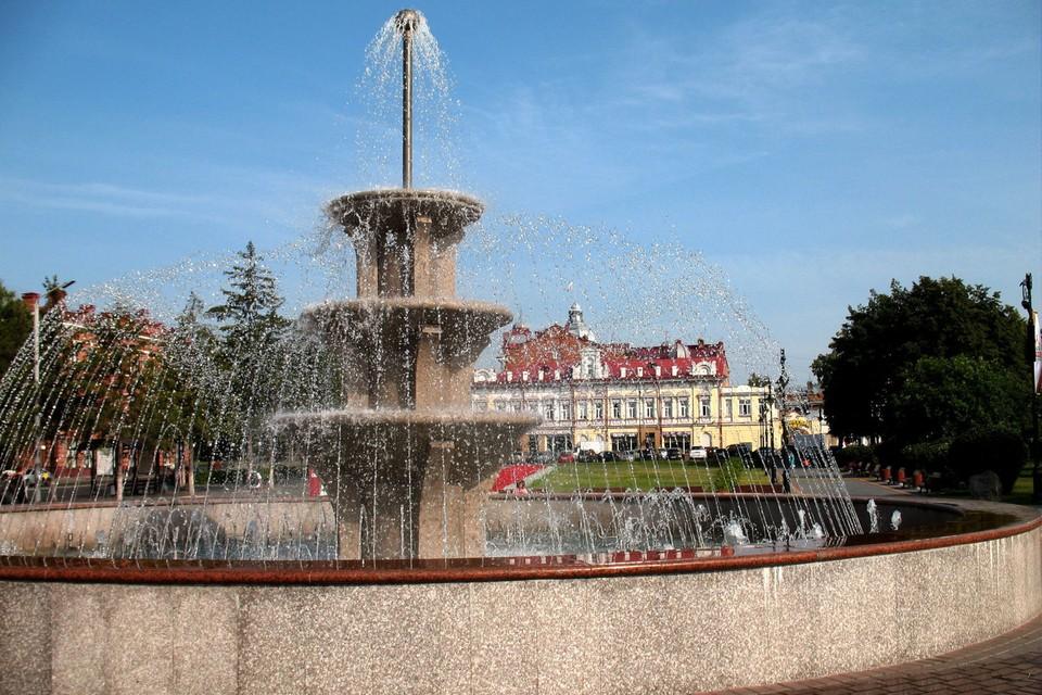 Хоть погода в Томске и дождливая, но фонтаны продолжают свою работу!