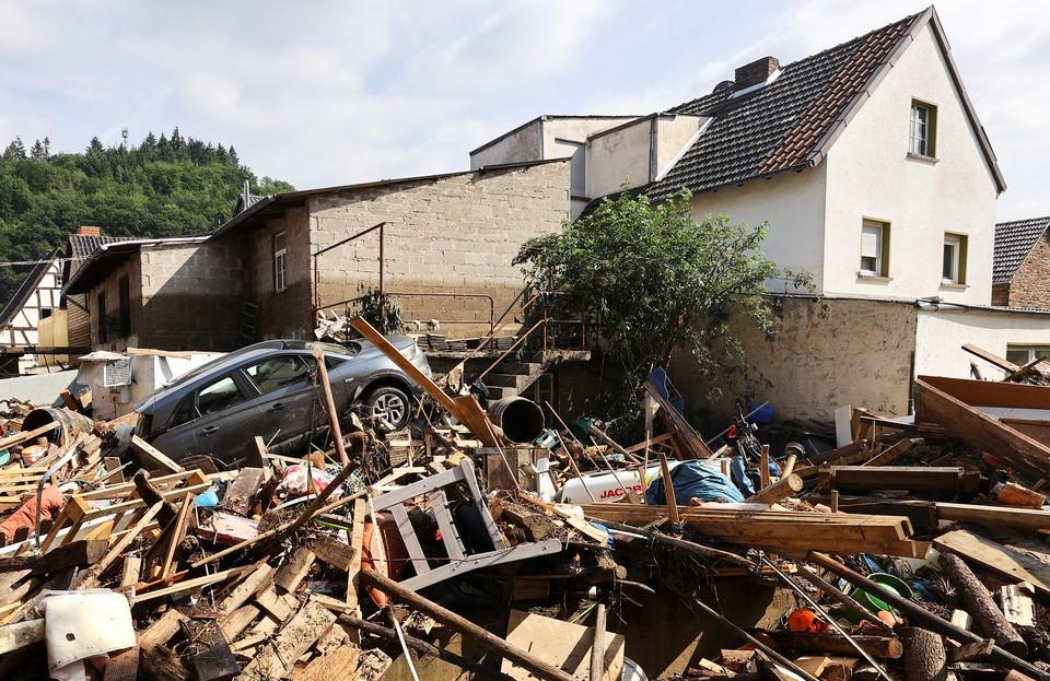 В Германии число жертв наводнений достигло 156 человек